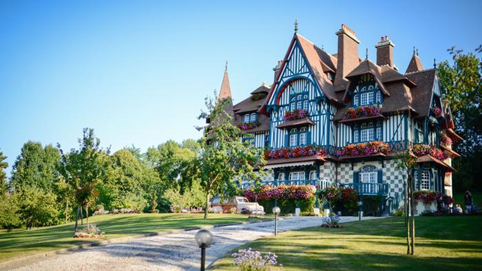 Villa Strassburger außen