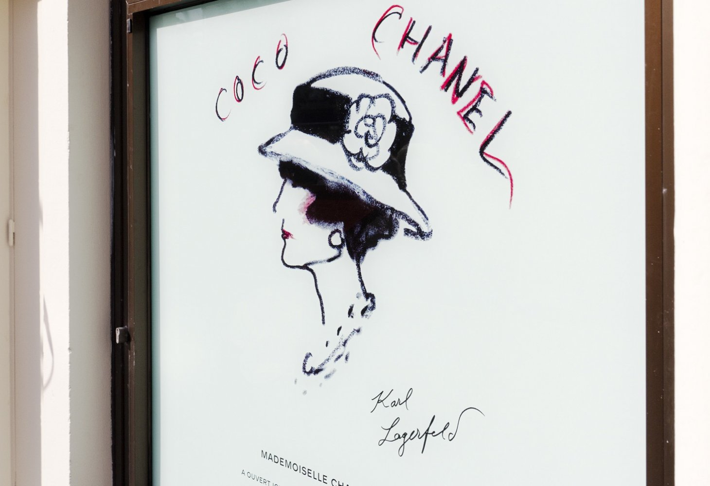 Plaque Chanel