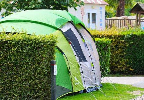 Valley campsite - tent - 475x330
