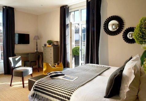 hotel-du-fer-a-cheval_475x330
