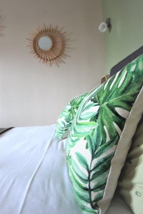 hotel_de_la_cote_fleurie _-_ green_ kissen _-_ 475x710.jpg