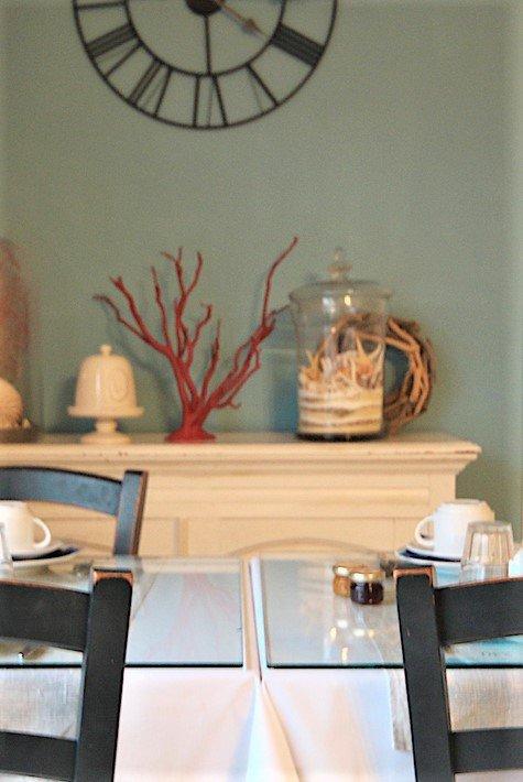 hotel_de_la_cote_fleurie _-_ salle_a_manger_detail _-_ 800x600.jpg