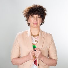Portrait Sylvia Varagne